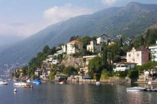 ascona1